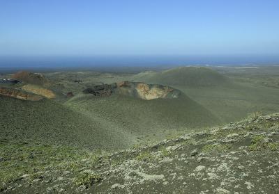 1 Woche Lanzarote, Spanien, Wusstest du, dass fast drei Viertel der Insel mit Lava bedeckt ist?