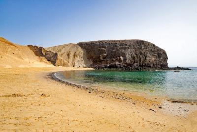 Eine Woche Lanzarote, Spanien, Die Playa de Papagayos sind mehrere Sandstrände in der Nähe von Play
