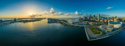 10 Tage Florida, USA, Miami ist nach Jacksonville die zweitgrößte Stadt in Florida. Hier g