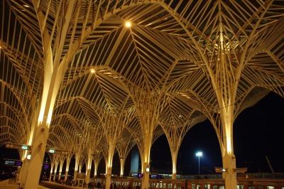 Kurztrip Region Lissabon und Setúbal, Portugal, Der Bahnhof Oriente liegt im Norden Lissabons und ist ein Fern- und Re