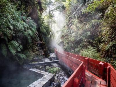 Langzeiturlaub Santiago de Chile & Umgebung, Chile, In Chile gibt es jede Menge an heißen Thermalquellen in denen man Bad