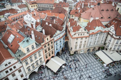 Kurztrip Prag und Umgebung, Tschechische Republik, Der Altstädter Ring ist der zentrale Platz in Prag. Dort stehen unter