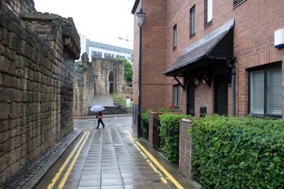 Kurzurlaub Mittel & Nord-England, Großbritannien, Auch Teile der alten Stadtmauer aus dem 13. Jahrhundert sind noch erha