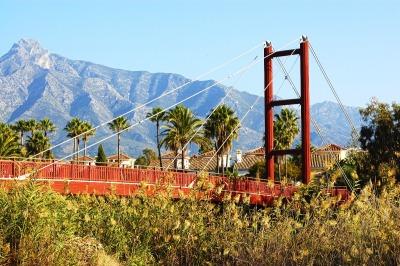Kurzurlaub Costa del Sol, Spanien, Marbella hat zahlreiche Strände zu bieten, für junge Leute ist der B