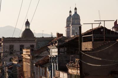 Kurztrip Karibische Küste / Süden, Kuba, Der Blick über die Dächer bietet einen spannende Perspektive.