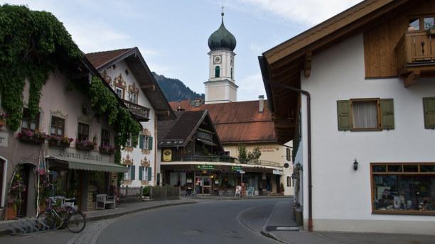 Kurzurlaub Oberammergau (Stadt), Bayern, Deutschland, Zentraler Ausgangspunkt für Ausflüge in die Region ist Oberammergau.