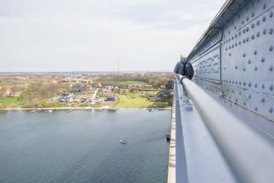 Kurzurlaub Holeby (Stadt), Storstrøm, Dänemark, In Middelfart/Lillebaelt hat man die Möglichkeit Bridgewalking zu mac