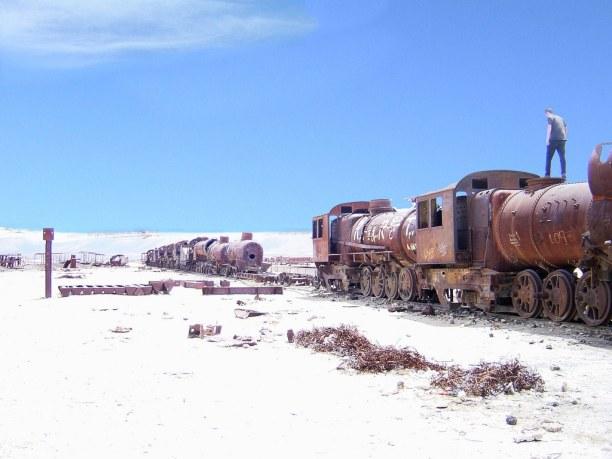 Langzeiturlaub Bolivien, Bolivien, Zugfriedhof im Salar de Uyuni