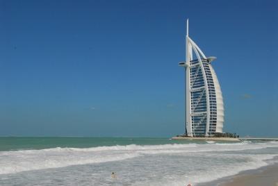 Kurztrip Dubai, Vereinigte Arabische Emirate, Der Burj Al-Arab gehört zu den teuersten Luxushotels der Welt. Er ist