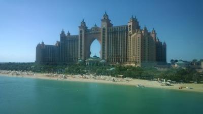 Kurztrip Dubai, Vereinigte Arabische Emirate, Das Luxushotel Atlantis steht auf der Spitze der Palm Jumeirah, der k