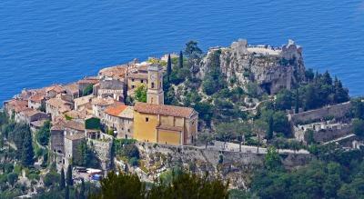 Langzeiturlaub Côte d'Azur, Frankreich, Das kleine Städtchen Èze liegt hoch oben auf einer Klippe. Ein Ausfl