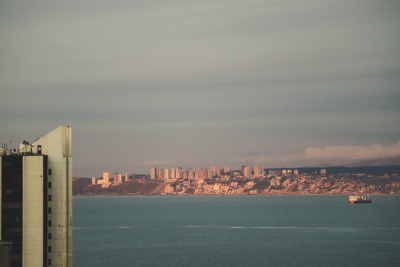Kurztrip Valparaiso & Umgebung, Chile, Blick von Valparaiso auf Vina del Mar