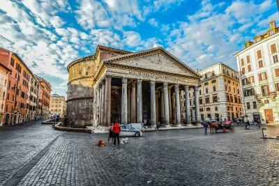 Kurzurlaub Latium, Italien, Das Pantheon ist ein antikes Gebäude, welches zur Kirche umgeweiht wu