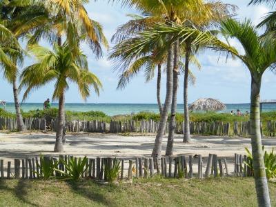 Eine Woche Kuba, Kuba, Der Playo Pilar beim Cayo Guillermo hat über 15 Meter hohe Sanddünen