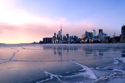 10 Tage Quebec, Kanada, Skyline von Toronto bei Sonnenuntergang :)