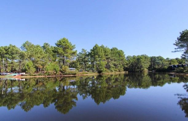 Langzeiturlaub Aquitanien, Frankreich, So idyllisch und wunderbar ist der Lac de Lacanau. Perfekt zum Stand U