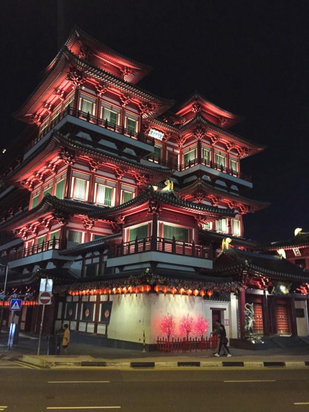 Kurztrip Singapur (Stadt), Singapur, Singapur, In Chinatown beeindruckt der Buddha Tempel.