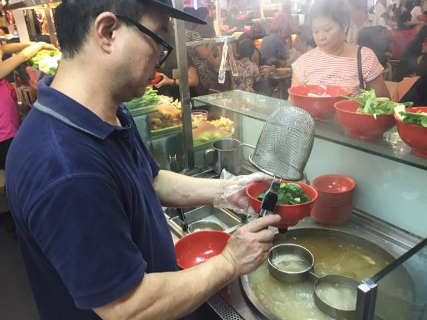 Kurzurlaub Singapur (Stadt), Singapur, Singapur, Meine Kreation wird dann in Suppe gekocht.