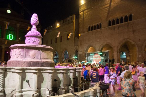 Kurztrip Rimini (Stadt), Adria, Italien, In der Altstadt ist einiges los. Bei meinem Besuch finden auf der Piaz