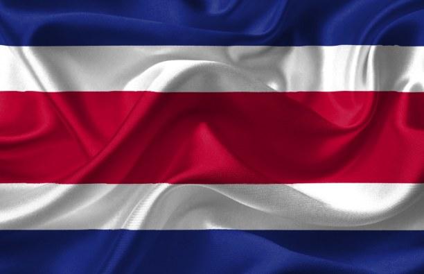 Zwei Wochen Karibische Inseln, alle Länder, An Puerto Limón haben wir vormittags angelegt. In Piernähe gibt es e