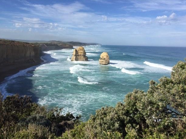 Kurzurlaub Victoria, Australien, Blick von den 12 Aposteln auf die andere Seite der Küste. Diese Felse