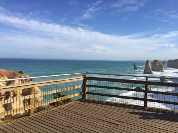 Kurzurlaub Victoria, Australien, Aussichtsplattform der 12 Apostel. Zur Mittagszeit und am frühen Nach