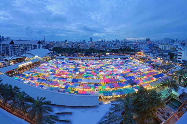 Langzeiturlaub Bangkok (Stadt), Bangkok und Umgebung, Thailand, Talad Rod Fai Night Market