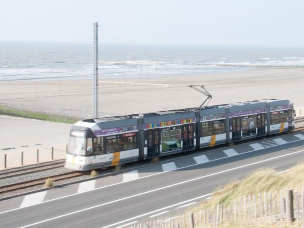 Eine Woche Belgien, Belgien, Mit der Kust-Tram sind alle Orte an Flanderns Küste gut erreichbar.