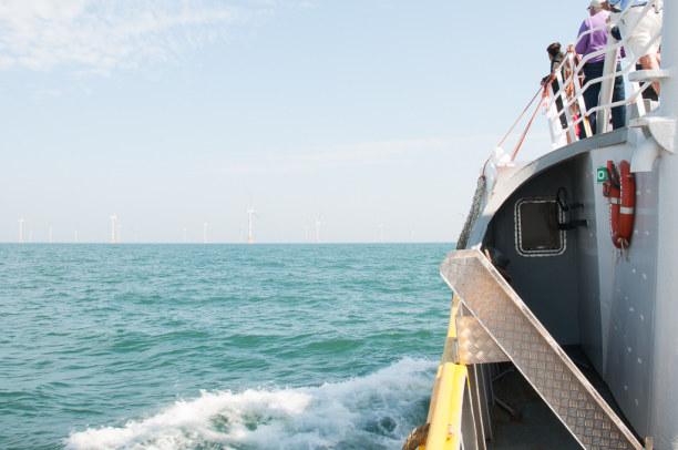 Eine Woche Belgien, Belgien, Vor der Küste ist es möglich den Offshore-Windpark zu besichtigen.
