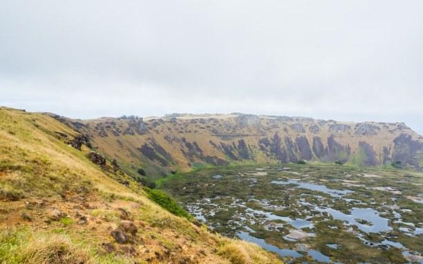 Kurztrip Osterinsel, Chile, Der Orongo Krater liegt um südlichen Ende der Insel und ist in allen