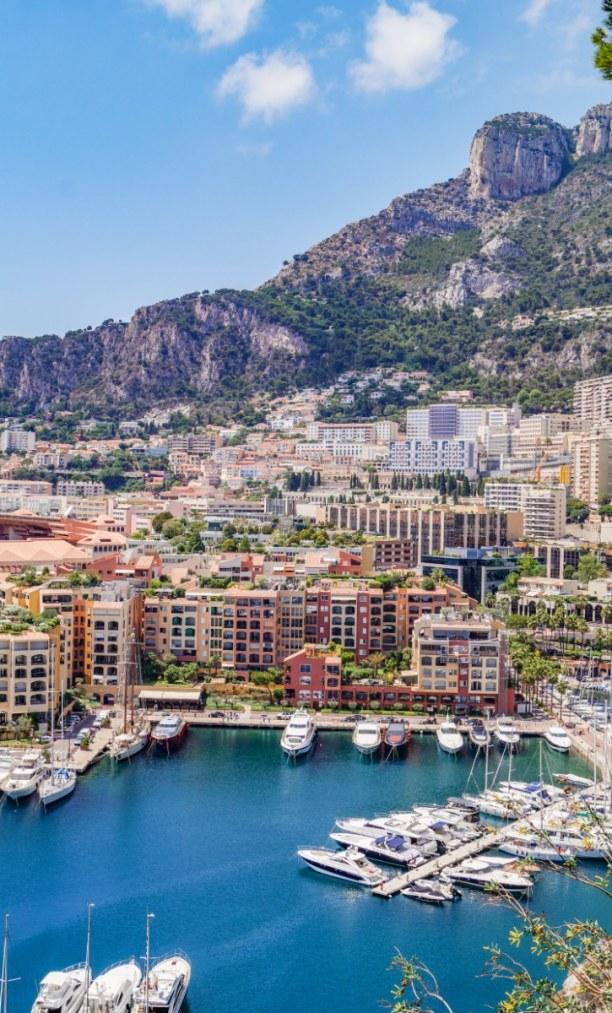 Langzeiturlaub Nizza (Stadt), Côte d'Azur, Frankreich, Monaco: dicht bebaut und direkt zwischen Ozean und Gebirge