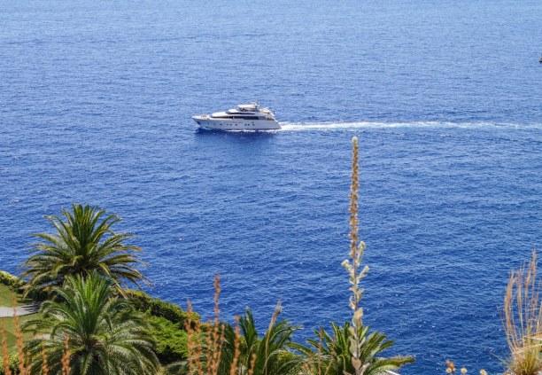 Langzeiturlaub Nizza (Stadt), Côte d'Azur, Frankreich, Typisches Bild an der Côte d'Azur - hier direkt vor Monaco