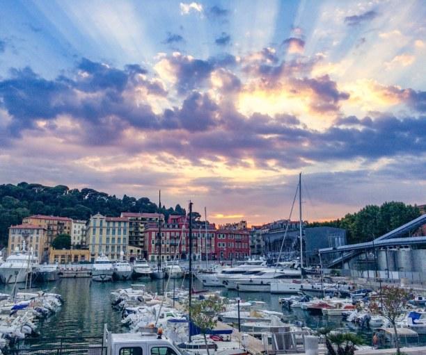 Eine Woche Nizza (Stadt), Côte d'Azur, Frankreich, Der Hafen von Nizza - auch im Winter ein toller Ort zum Schlendern und