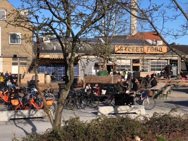 Kurzurlaub Aarhus, Dänemark, Streetfood Market nahe Bahnhof und Busbahnhof