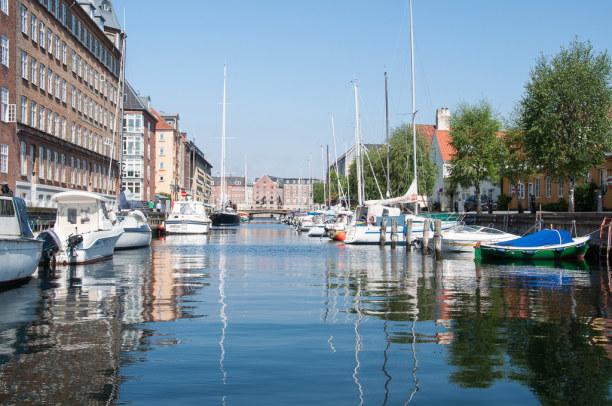 Kurzurlaub Kopenhagen, Dänemark, Auch wenn wir hoch im Norden sind: Die Kanäle versprühen in Kopenhag
