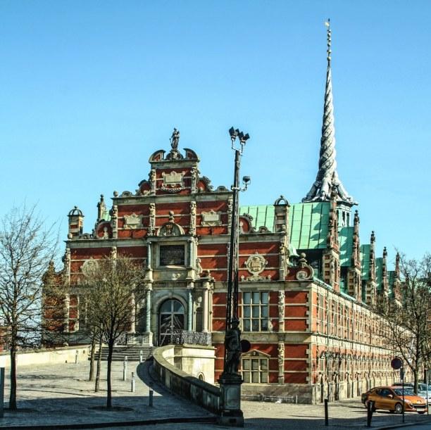 Kurztrip Kopenhagen, Dänemark, Das Børsen Gebäude wurde 1624 fertiggestellt und diente bis 1974 als
