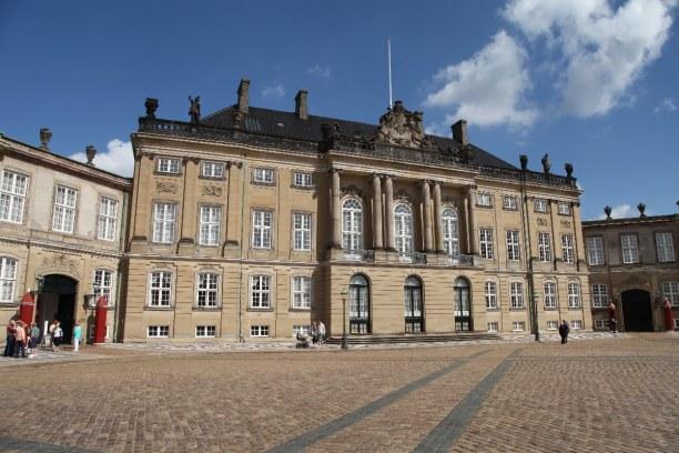 Kurztrip Kopenhagen, Dänemark, Das Schloss Amalienborg ist die Stadtresidenz der königlichen Familie