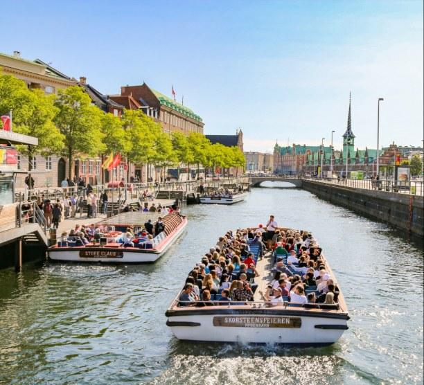 Kurzurlaub Kopenhagen, Dänemark, Auch eine Alternative zum normalen Stadtrundgang: eine Fahrt mit dem B
