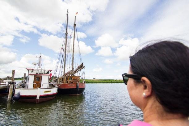 Kurzurlaub Insel Usedom, Deutschland, Hier liegen die Boote vor Anker, die für Ausflugsfahrten genutzt werd