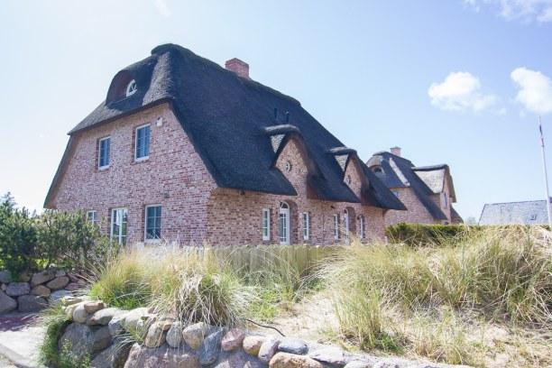 Kurztrip Nordseeküste, Deutschland, So sehen die typischen Backstein-Häuser in Nordfriesland aus. Im Orts