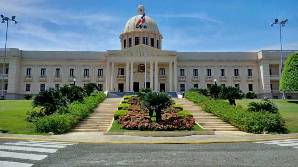 10 Tage Dominikanische Republik, Dominikanische Republik, Santo Domingo ist die Hauptstadt der Republik. Außerdem ist sie die