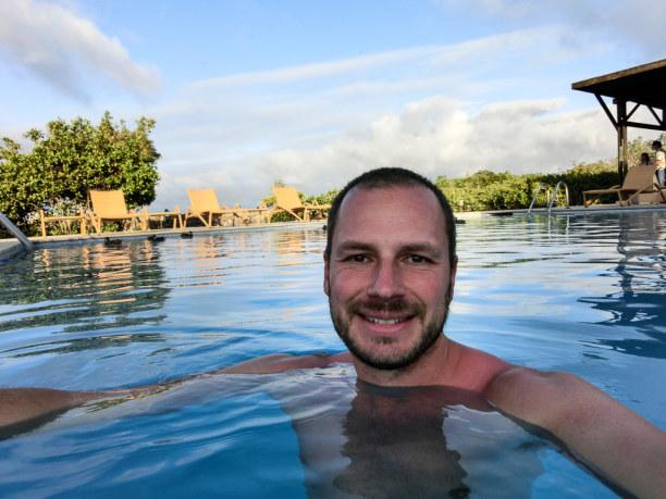 Kurztrip Galapagos (Stadt), Ecuador, Ecuador, Ja, da habe ich gut lachen: Warmes Wetter, ein Swimmingpool in einem t