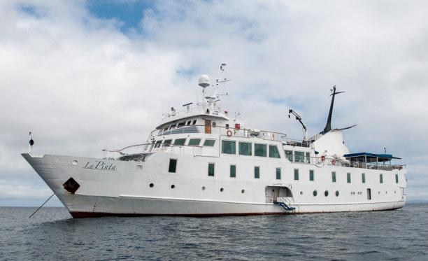 """Kurztrip Galapagos (Stadt), Ecuador, Ecuador, In Puerto Ayora gehe ich an Board der """"La Pinta"""". Fünf Tage und vier"""