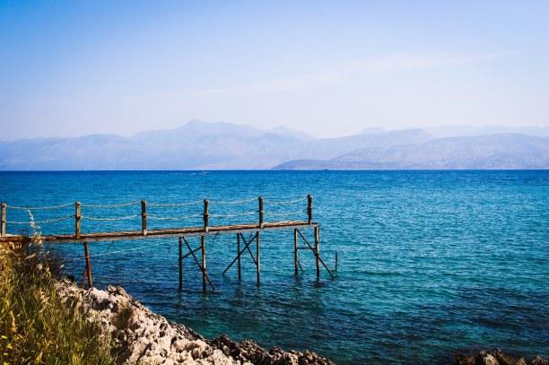 10 Tage Korfu, Griechenland, Korfu hat sehr viele Kiesstrände, aber der Glyfada Beach ist ein Sand
