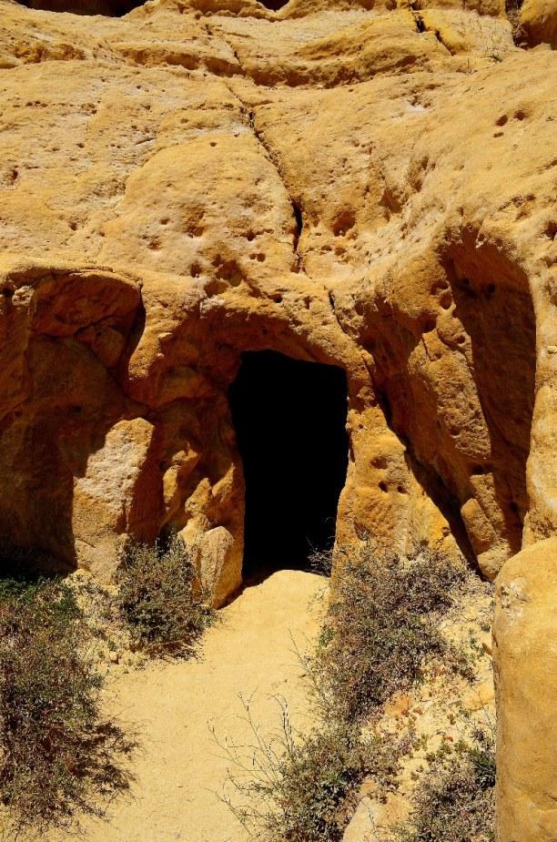 Kurzurlaub Kreta, Griechenland, Diese Höhlen sind alte Aussteigerhöhlen. Bob Dylan und Cat Stevens h