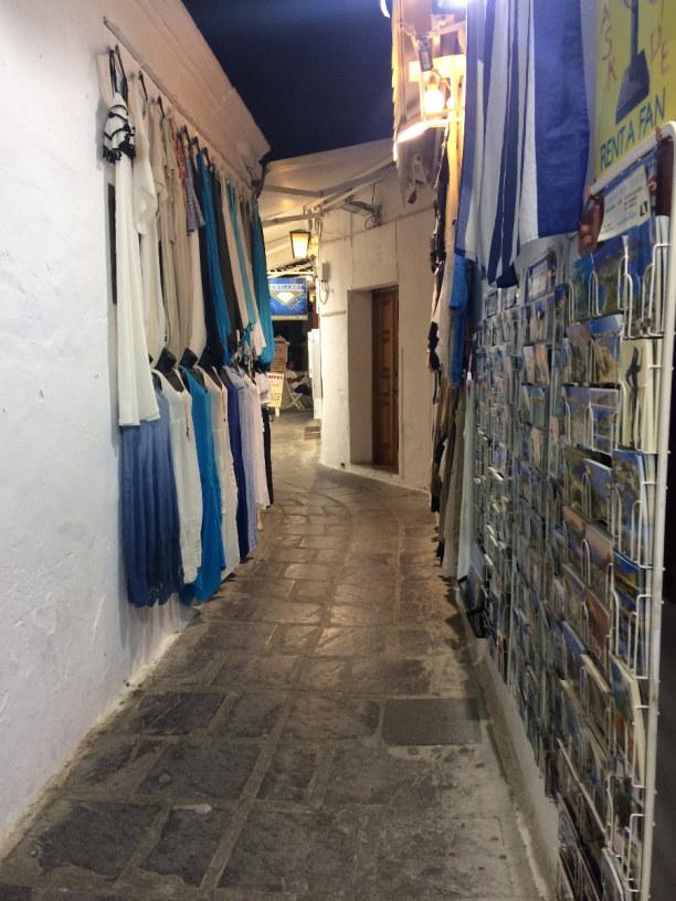 10 Tage Rhodos, Griechenland, Enge Gassen von Lindos ( die schhönste Stadt auf Rhodos ).