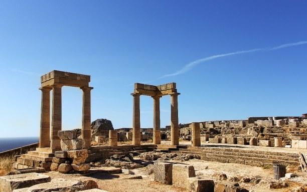 Kurztrip Rhodos, Griechenland, In Lindos kannst du in 116 Meter höhe die Akropolis besichtigen. Dazu
