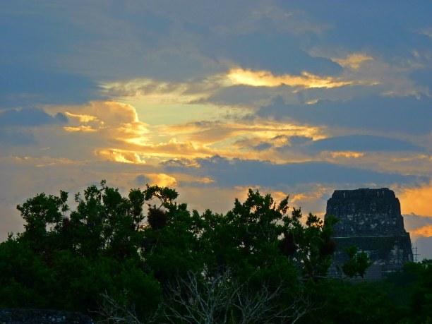 Langzeiturlaub Guatemala, Guatemala, Ein besonderes Erlebnis war es, den Sonnenuntergang in Tikal mitzuerle
