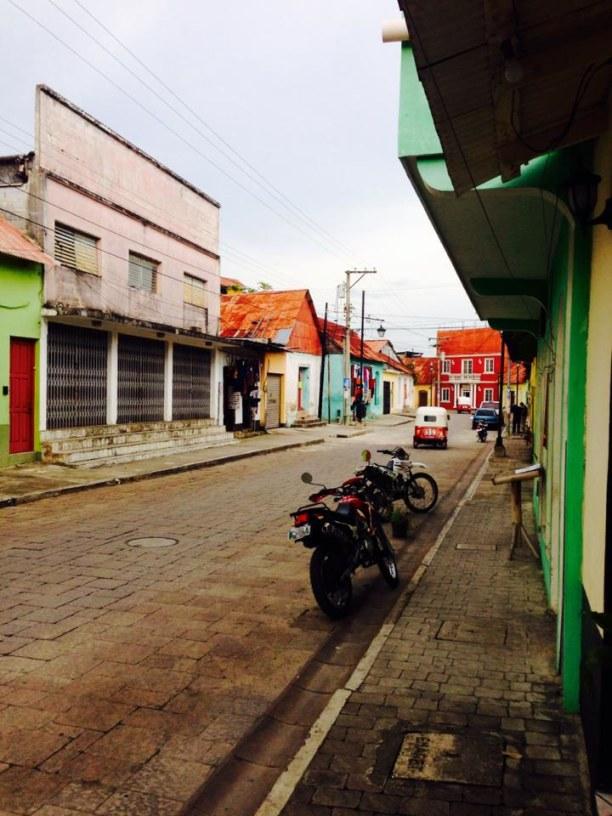 Langzeiturlaub Guatemala, Guatemala, Flores ist ein entspanntes Städtchen inmitten des Lago Petén