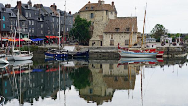 Eine Woche Paris (Stadt), Ile de France, Frankreich, Honfleur ist ein malerischer Fischerort